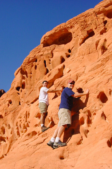 Hiking in Valley of Fire State Park