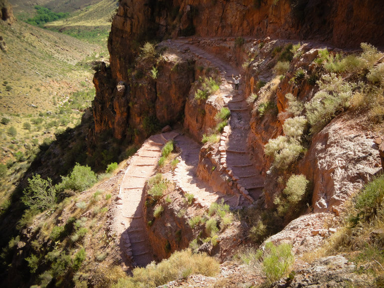 Switchbacks on the Bright Angel Trail