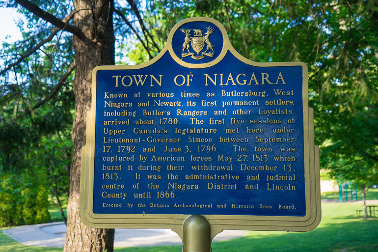 Town of Niagara sign