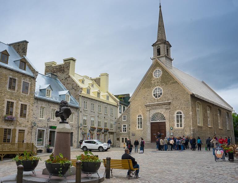 Notre-Dame-de-Quebec and Place Royale