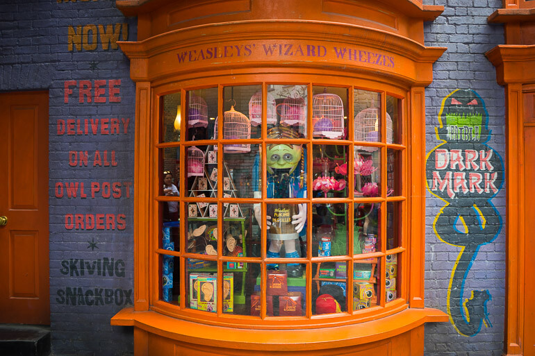 Buy toys and jokes at Weasley's Wizard Wheezes